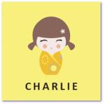 geboortekaartje kokeshi met de naam charlie. Lief geboortekaartje maar toch strak ontworpen volgens het less is more principe