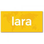 geboortekaartje met de naam lara. Op de achtergrond van dit geboortekaartje vind je de wereldbol in een watermerk.