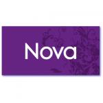 geboortekaart paars met de naam nova. Achtergrond in paarse kleur en donkerpaars ornament